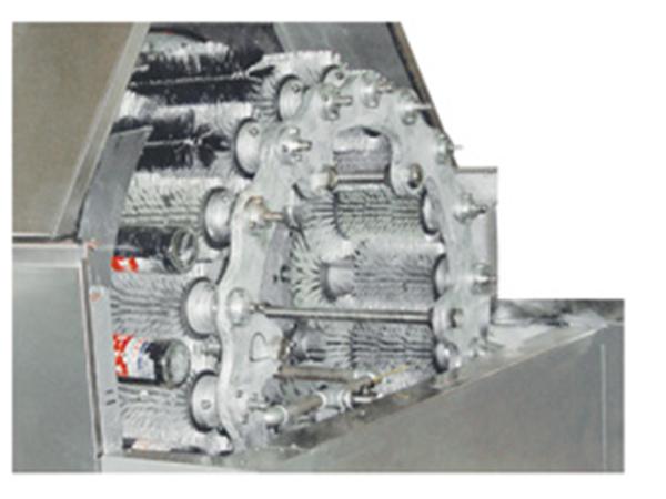 4-1 DSP-36多功能脱标刷瓶机.jpg