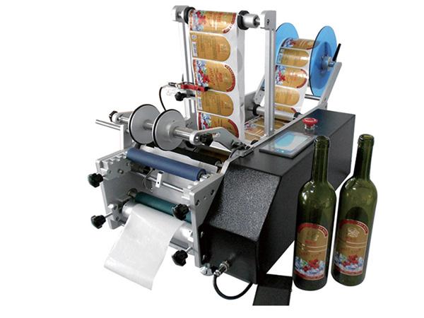 2 DF-T-200型半自动圆瓶贴标机.jpg